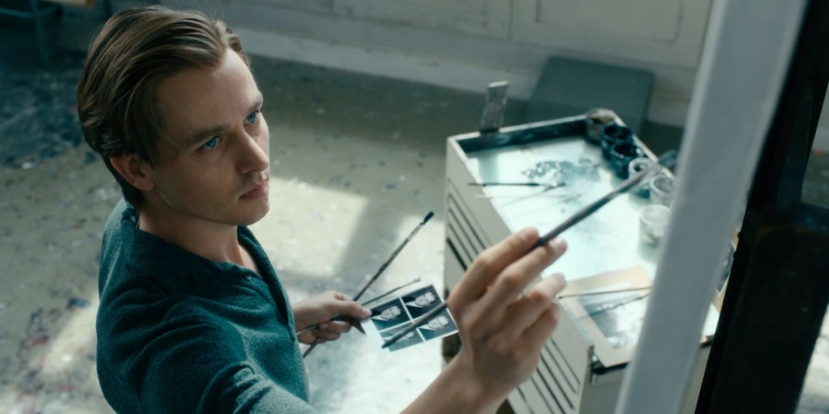 The Greatness of 'Never Look Away'