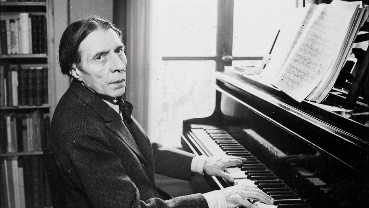 Alfred Cortot playing the piano