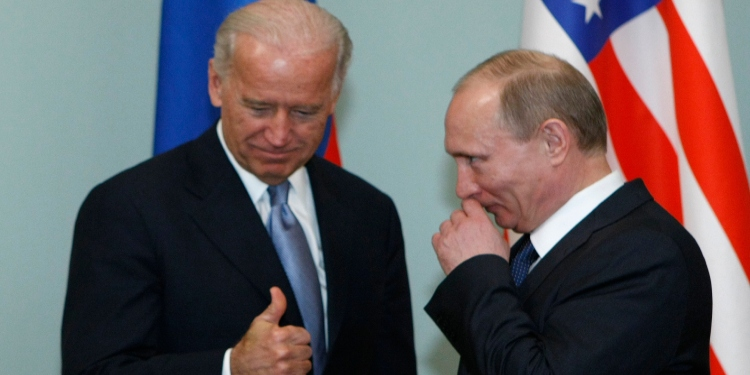 Trump Isn't Serious About Russia. But Neither Is Biden.