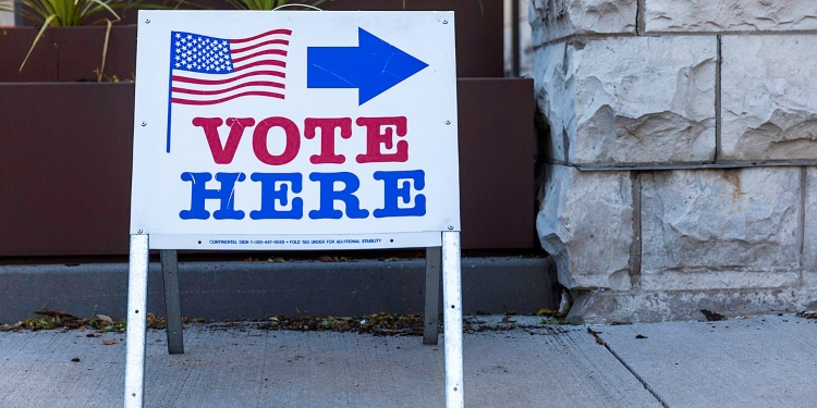 American Democracy's Doomsayers Need to Take a Deep Breath